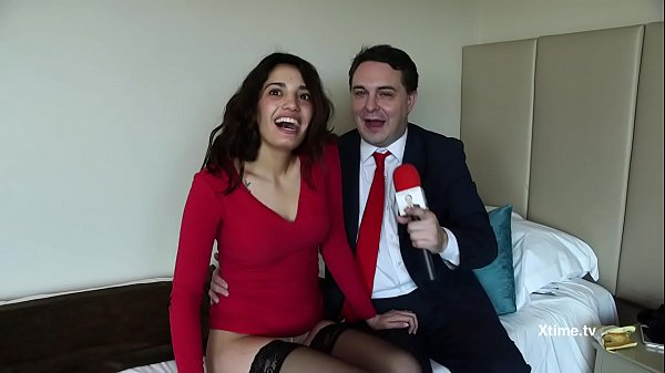 Watch Andrea Dipre and Penelope Cum…nise sexual evening